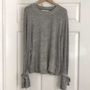 Abercrombie & Fitch Sweaters - Abercrombie & Fitch Tie Sleeve Sweater Sz. S